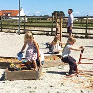 Barnaktivitet, lekplats, naturlekplats, aktiviteter för barn, för barn på Falsterbonäset, Vellinge, barnvänligt