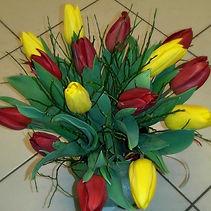 Tulipány a borůvčí_edited.jpg