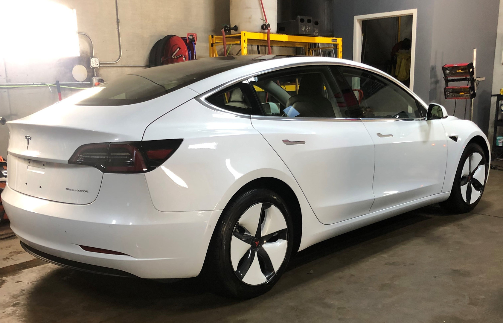 Tesla Model 3 Wheel Cover White Electric