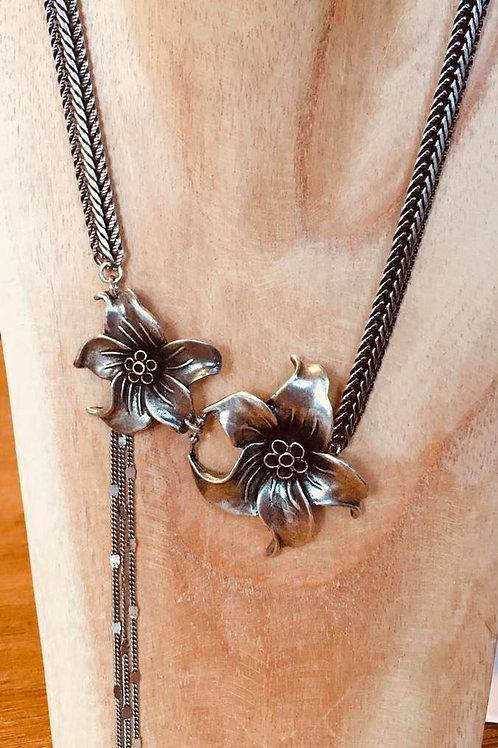 Collier double fleur