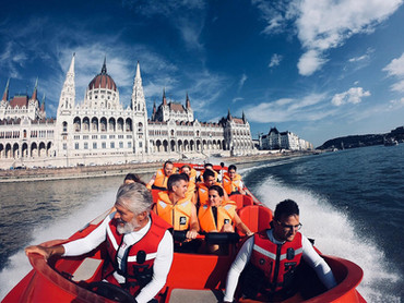 REDJET: весело, быстро, мокро в Будапеште!