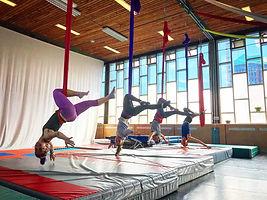 Aerial-dance-Beginners-Medium.jpg