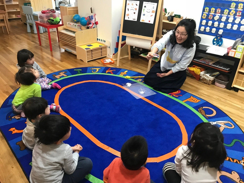 Montessori Circle Time: teeth health and food