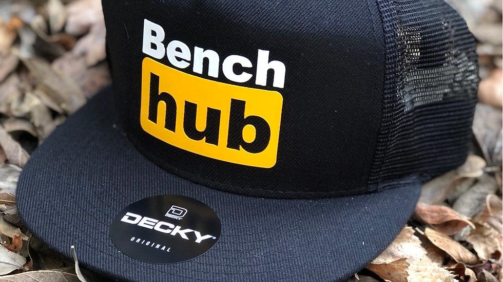 BENCH HUB TRUCKER HAT