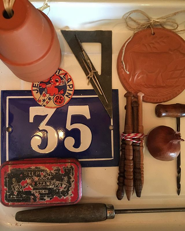 Bits and bobs @macandmorgan || #oldwares