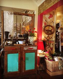 Shop Shot @macandmorgan || open Saturday