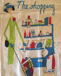 Dressed to shop || gorgeous retro teatow