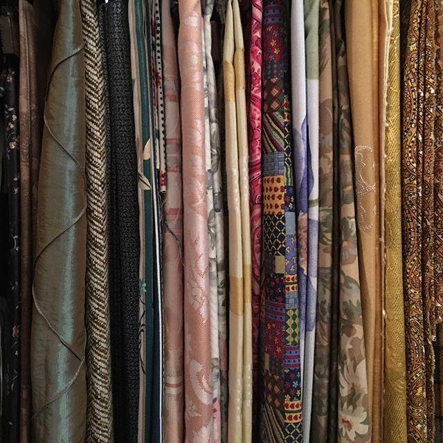 V I N T A G E • F A B R I C S #macandmorgan #castlemaine #vintage #fabric