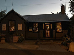 #macandmorgan #castlemaine #littlegreyhouse  #twilight #twinkle #christmas