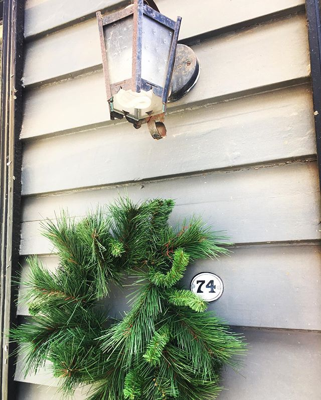 Christmas has arrived early at 74 Mostyn Street! #macandmorgan #castlemaine #christmas #wreath #chri