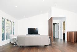 DSC_0551_living room_rev