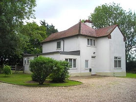 LOVELY FARMHOUSE AND LUXURY KENNELS -SOLD