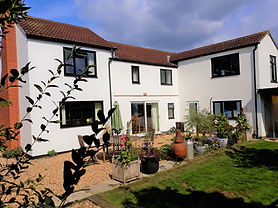 FABULOUS FAMILY HOUSE WITH RURAL VIEWS AND GOOD BUSINESS