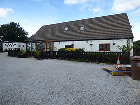 CHARMING PERIOD COTTAGE, SUPER KENNELS AND SIX FIGURE INCOME