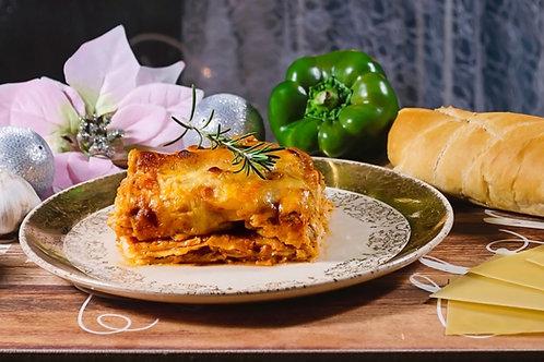 Large Chicken Lasagna 2.8kg Serves 6-12