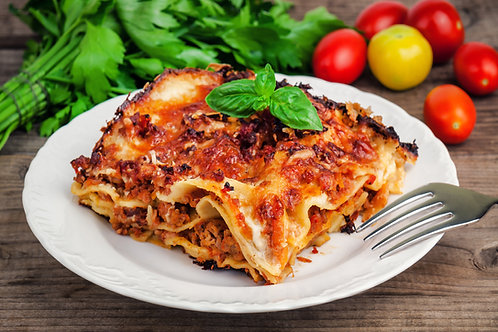 Medium Beef Lasagna 2kg Serves 4-6