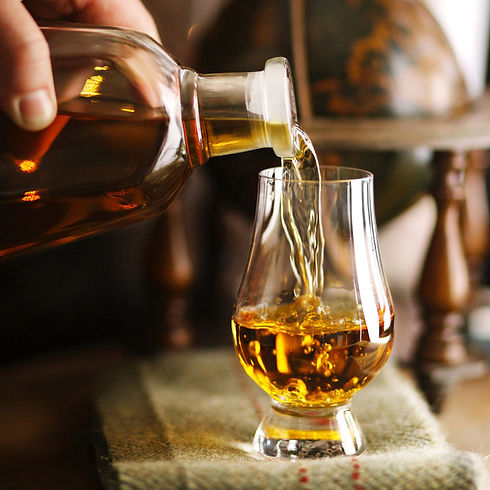 pouring-whisky.jpg