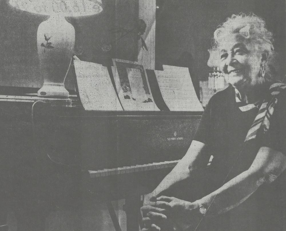 News clipping photograph of Loretta C. Mangrum