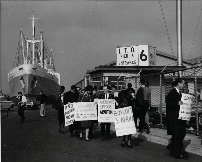 Demonstration against South Africa ship by American Committee on Africa and Congress of Racial Equal