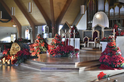 Christmas_sanctuary_sideview
