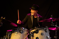 gI_136436_Danny Seraphine_Drummer.png