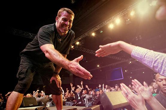 Tony-Robbins-Seminars.jpg