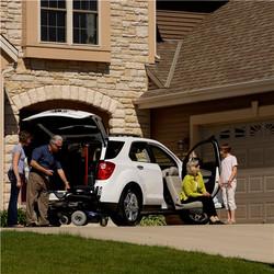 Valet-Plus-family-driveway