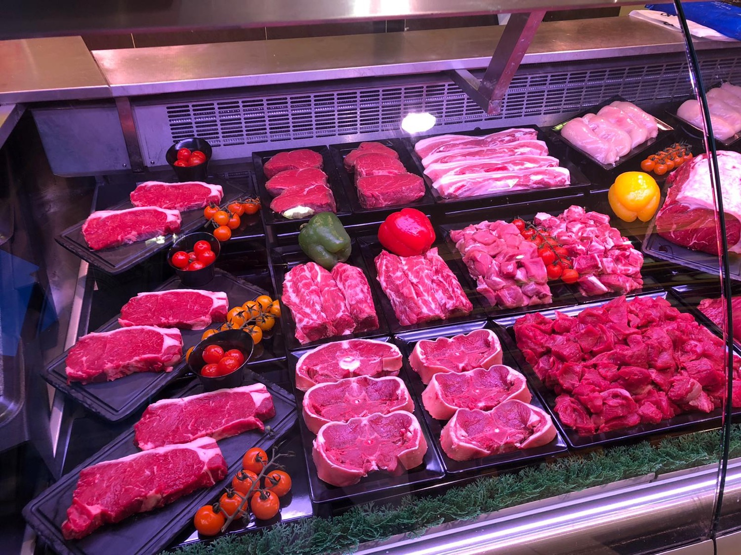 Williams & Son Steak Display