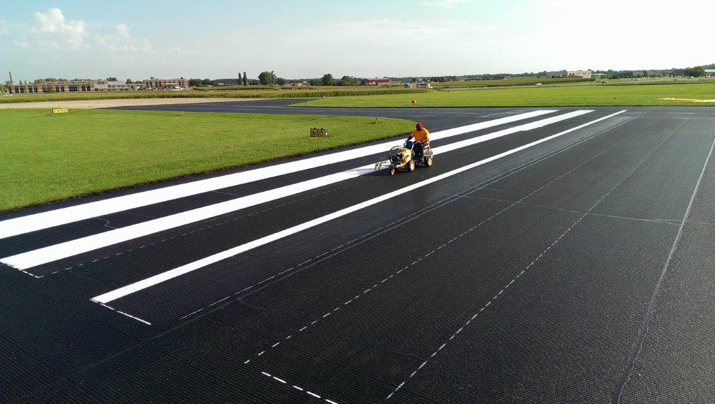 Airport tarmac striping