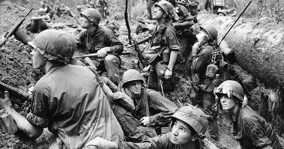 Vietnam-War_Huet_AP_book-cover-image_soc