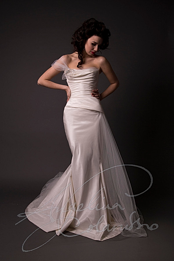Moreau Designer Wedding Dress