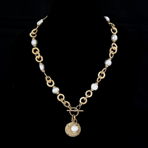 Pearl Necklace with Chain Segments