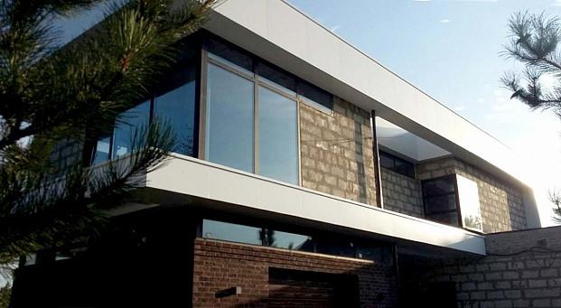 Реализация частного дома RIVERHOUSE