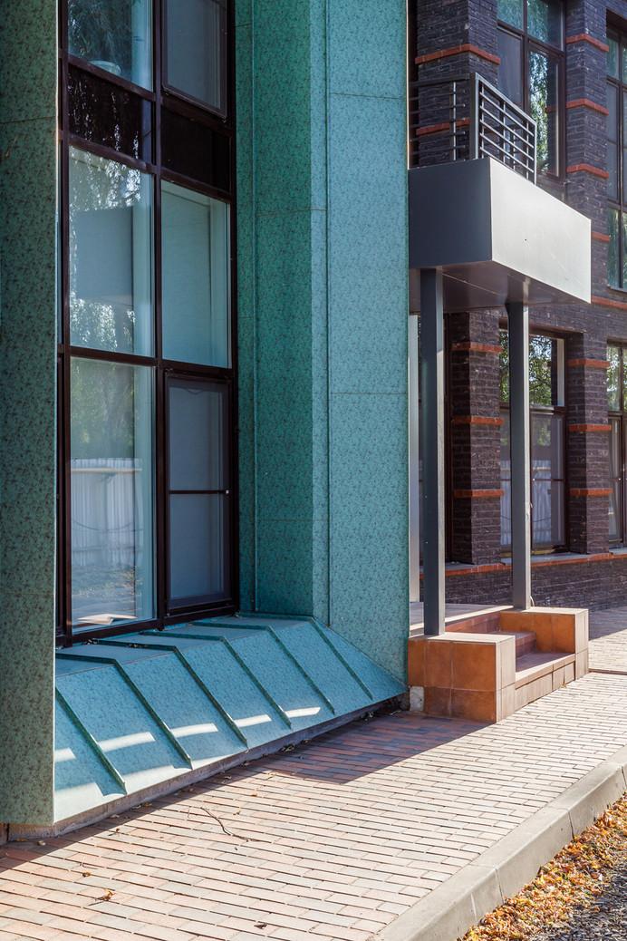 реализация частного жилого комплексаLOFT 