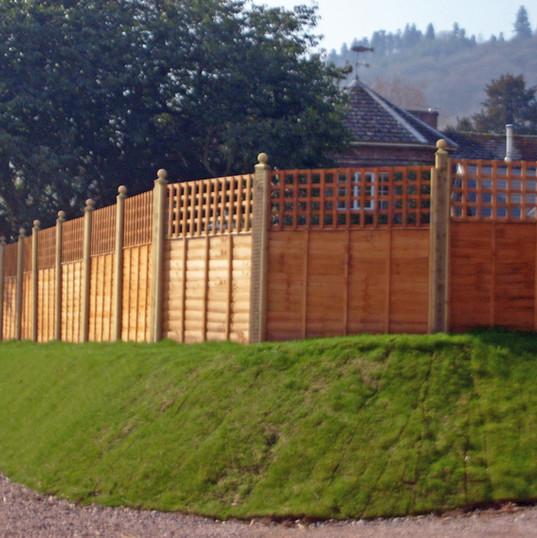 Fence at Prest.JPG