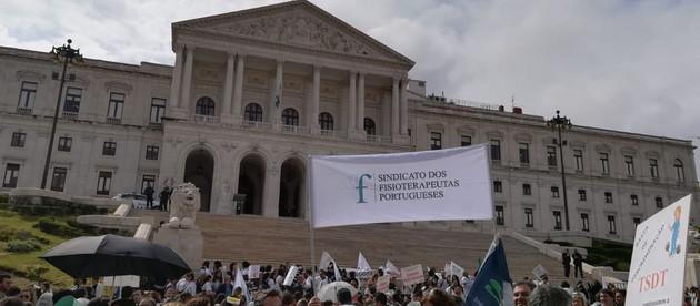 Greve/Manifestação - 24 e 25 de maio - Grande Sucesso