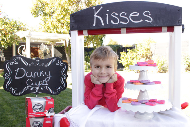 Selling Kisses and Dunky Cups