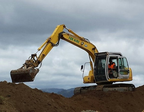 12 Ton Excavator with auger Rate is per hour