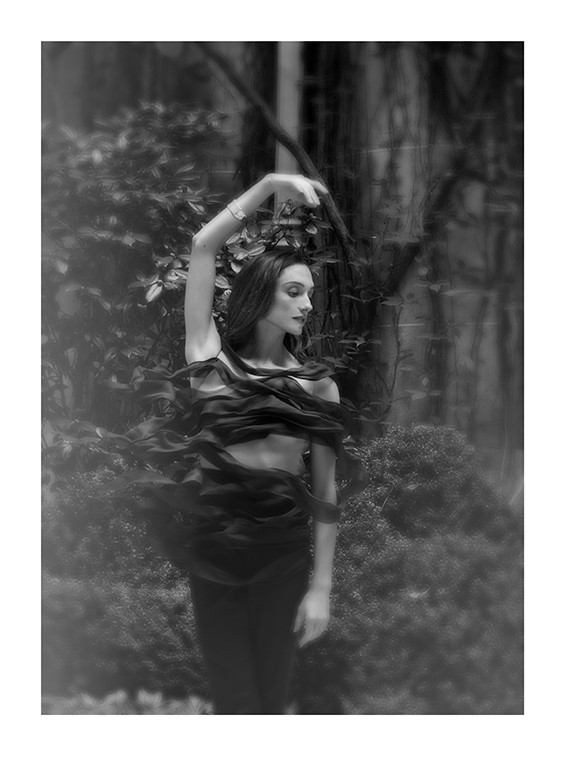La créatrice Armine Ohanyan, a reçu le Prix Coup de Coeur du Festival de Mode Dinan 2018