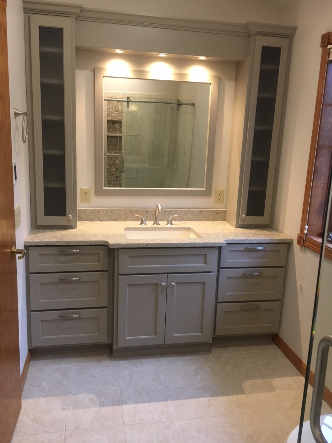 New Bathroom Vanity
