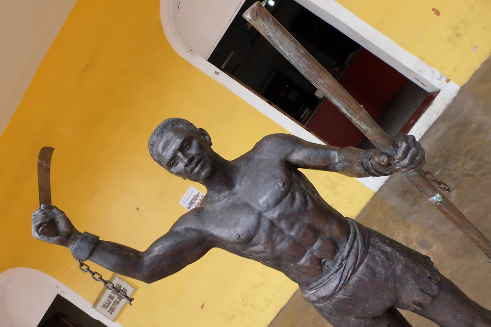 A bronze statue of Principe Gaspar de Yanga stands outside of the Yanga's municipal offices.