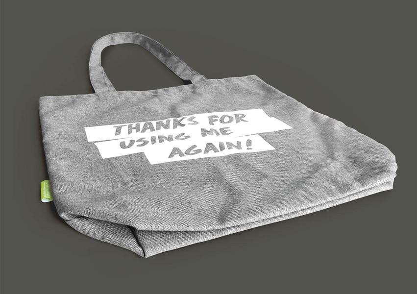 Fashion-Bottlebag-liggend(vrijstaad).jpg
