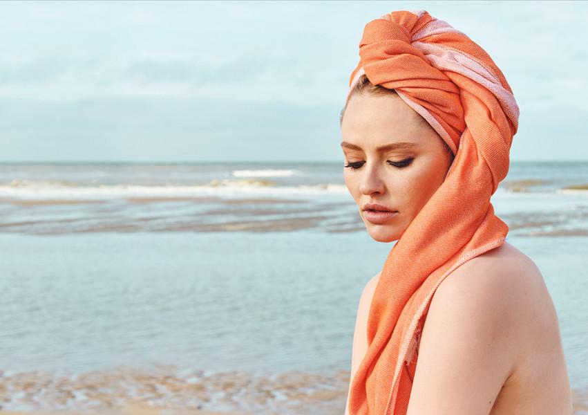 Model-orange-head-Seatowel.jpg