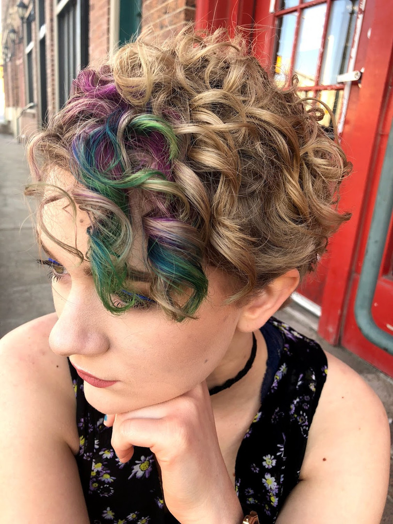 Naturally curling pixie