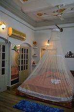 Room No. 5-a.jpg