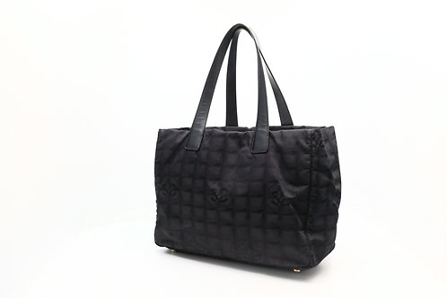 Chanel New Travel Tote in Black
