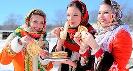 prazdnik_maslenicy_vmeste_s_turistichesk