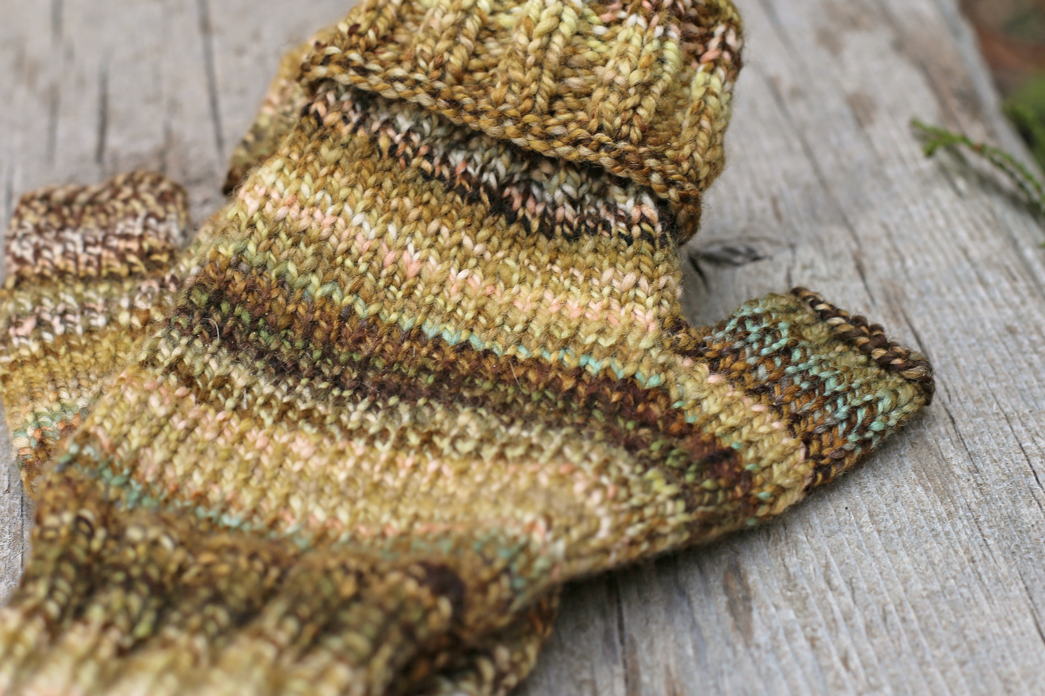 Forest Floor Cuffed Mitts