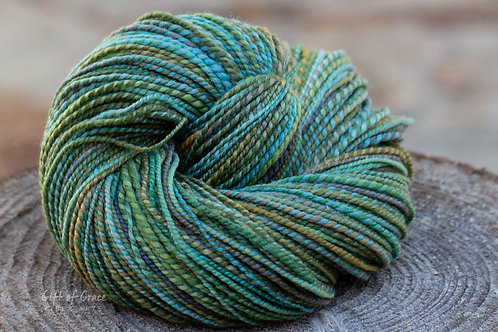 "Worsted Weight Polwarth/Silk (85/15) ""Moss"""
