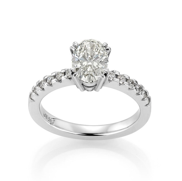 ring oval diamant.jpg